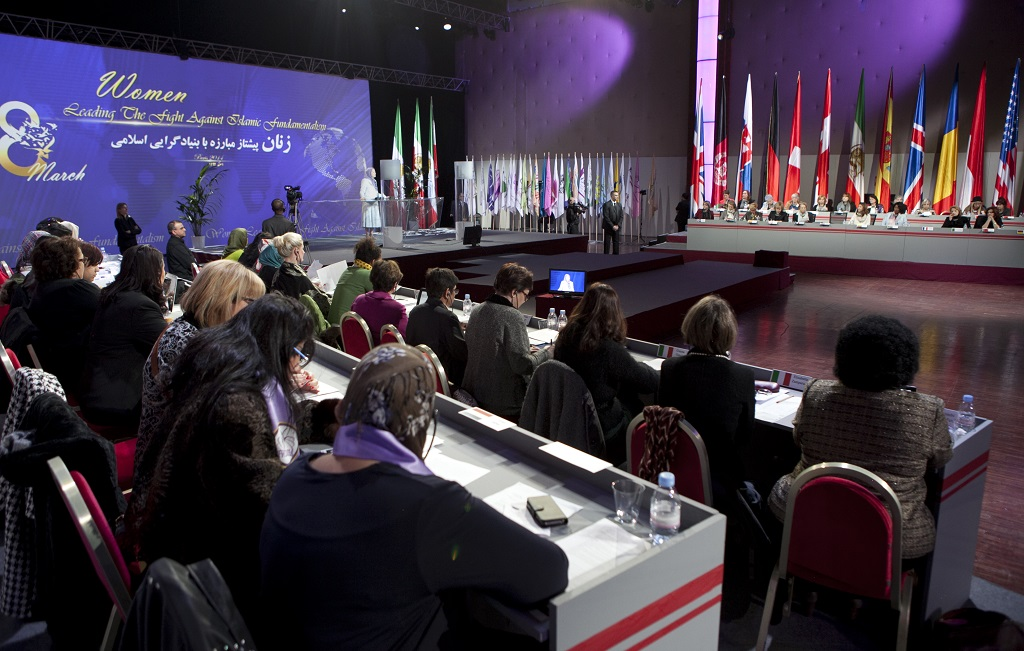 01-03-20140-Paris-International-conference-on-international-Day-of-Women-0013